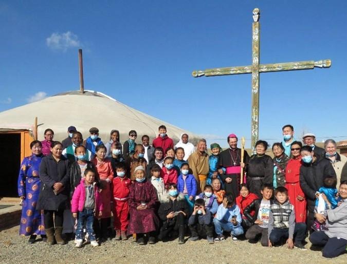 Mongolia, la Pasqua del piccolo gregge