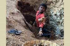 India, il lavoro di 20mila bambini dietro il luccichio dei cosmetici (Foto)