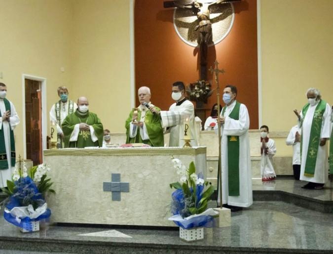 Consolata si congeda dalla Parrocchia di Nossa Senhora da Penha (Brasile)