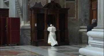 Il Papa e la confessione: la misericordia sul cuore ferito dal peccato
